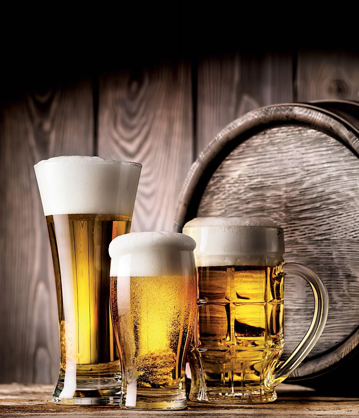 Cerveza dorada transparencia