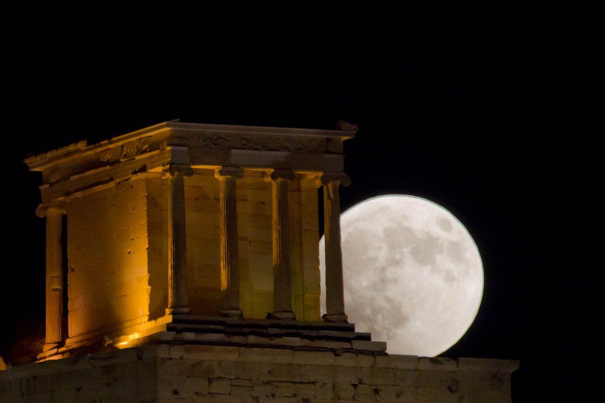 Así se vio el eclipse lunar más largo del siglo