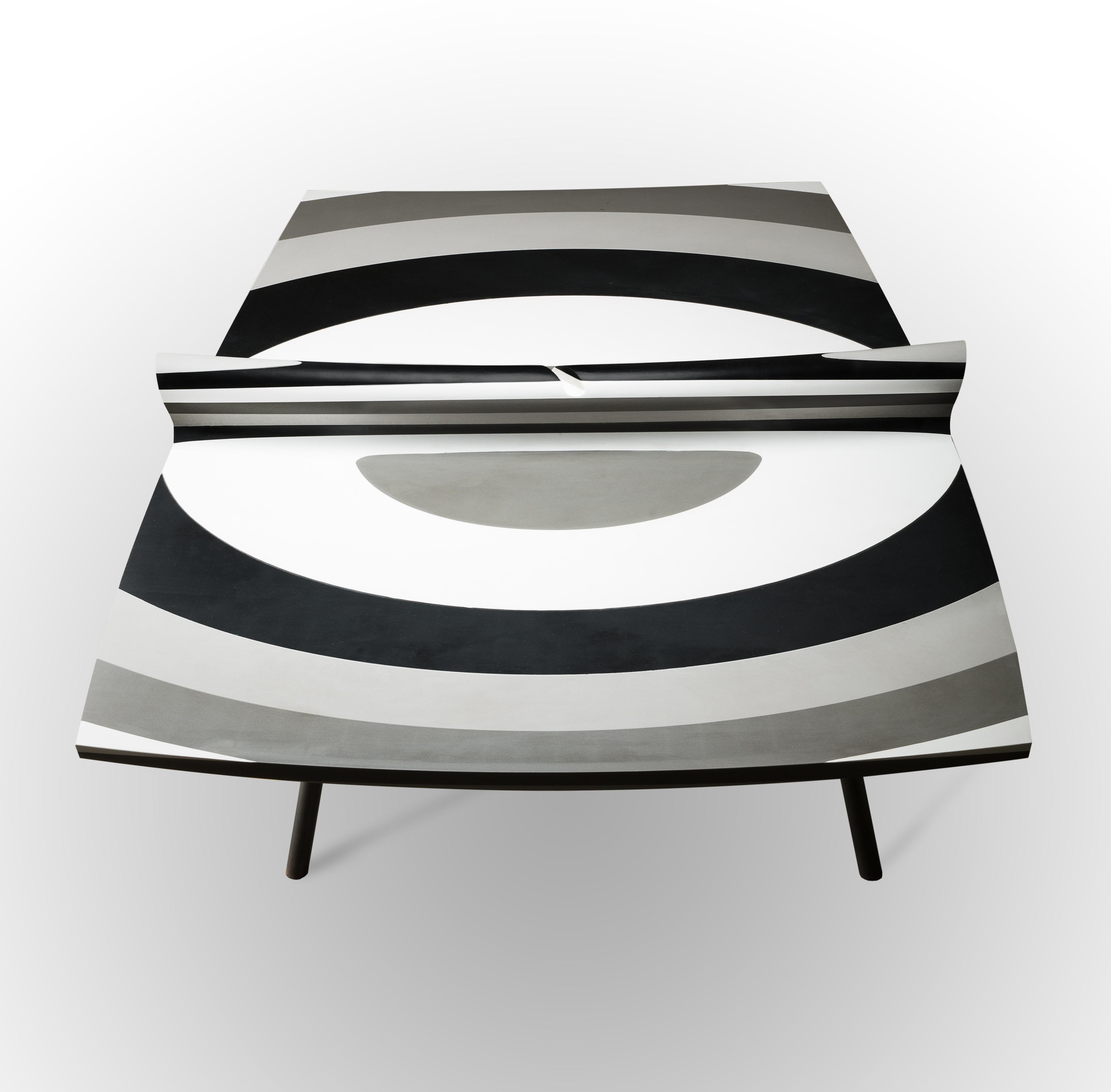 10 LAYERS,  la escultórica mesa de ping pong con Silestone®