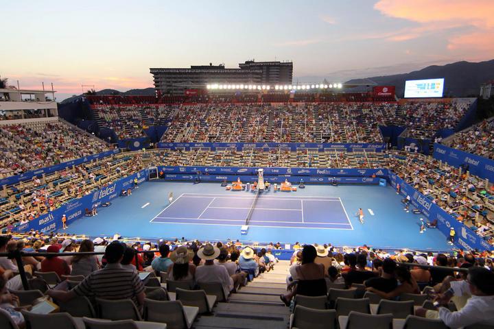 El Abierto Mexicano Telcel presentado por HSBC asegura público en sus tribunas y continúa con la venta de boletos.