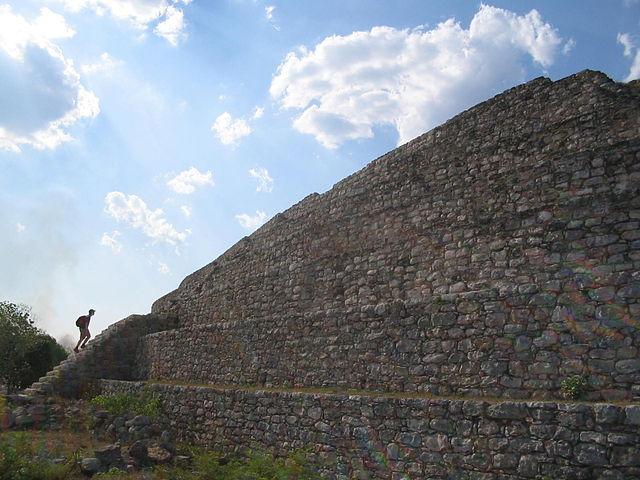 Hallan 6 pirámides con vestigios mayas en Yucatán