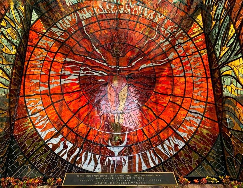 El vitral más grande del mundo está en México: el Cosmovitral