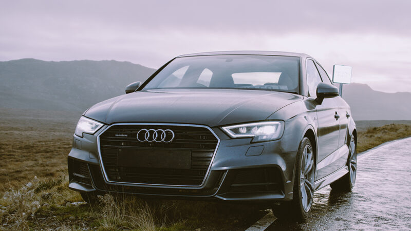 Audi apuesta por el reciclado químico para los componentes de sus coches: así quiere ahorrar recursos y emisiones.