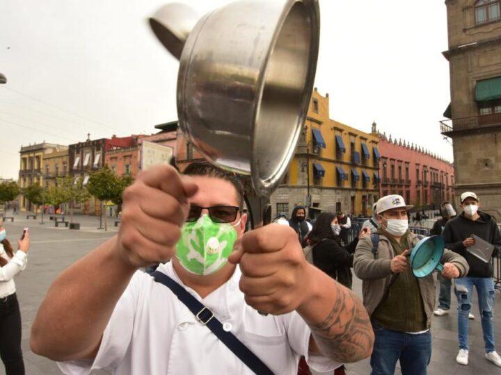 Fotogalería: Restaurantes en la CDMX, en situación límite.